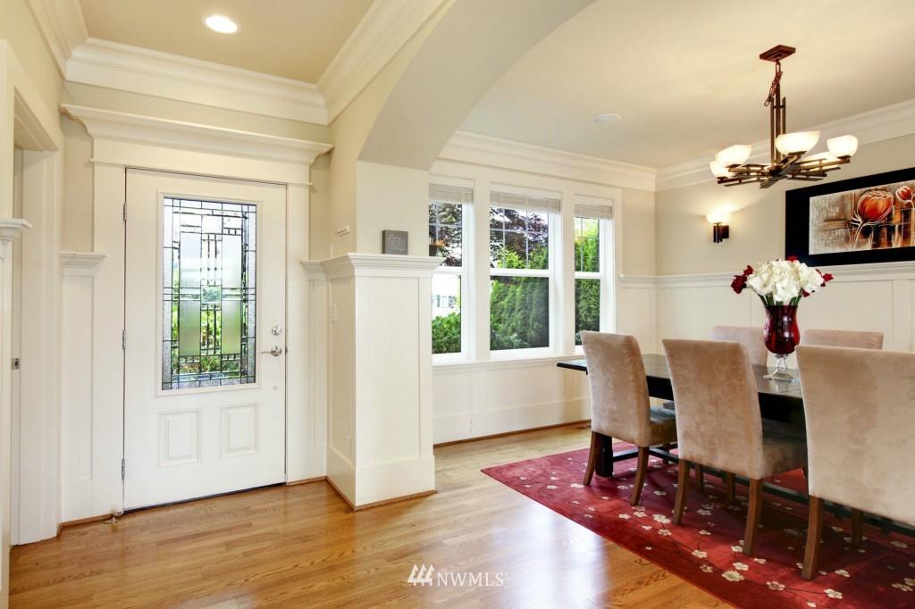 Sold Property | 1024 W Ruffner Street Seattle, WA 98119 6