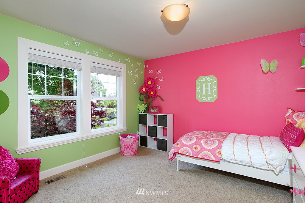 Sold Property | 1024 W Ruffner Street Seattle, WA 98119 16