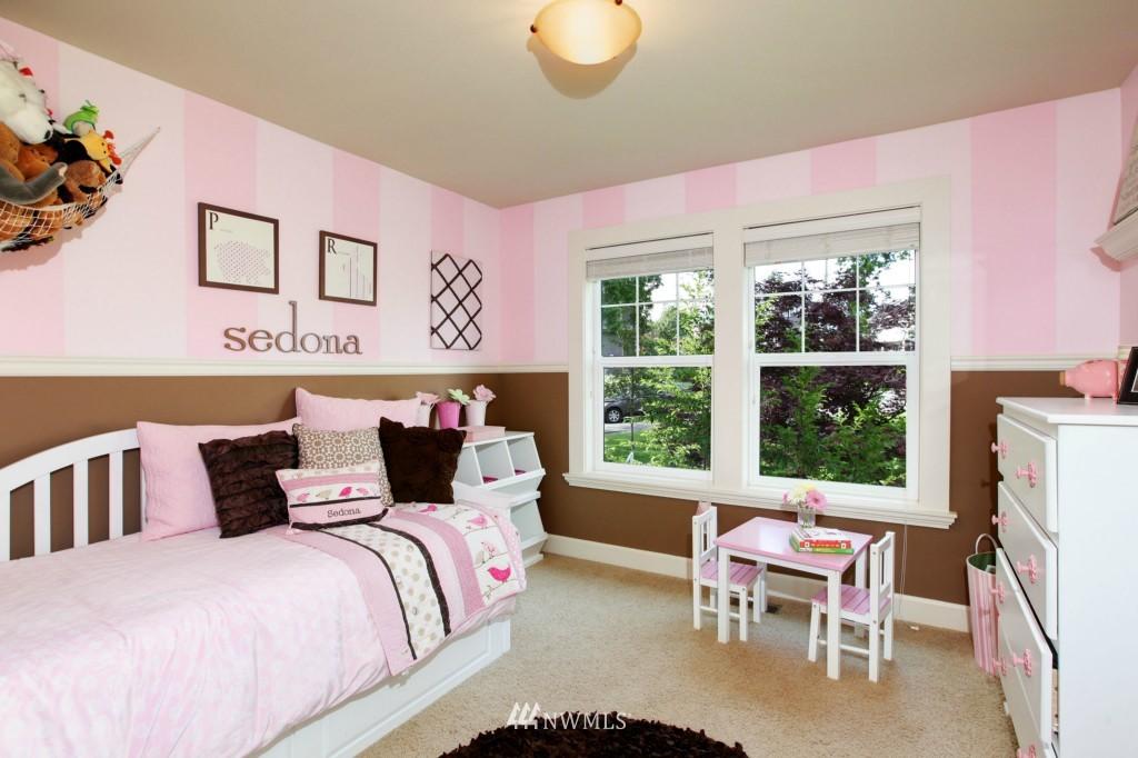 Sold Property | 1024 W Ruffner Street Seattle, WA 98119 18