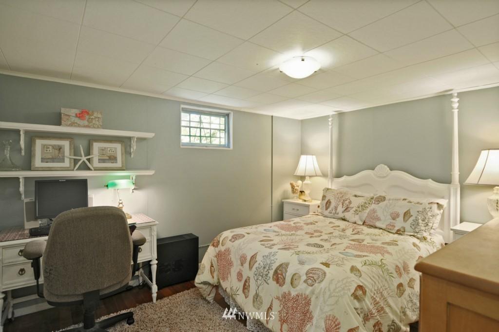 Sold Property | 3259 NE 98th  Street Seattle, WA 98115 7