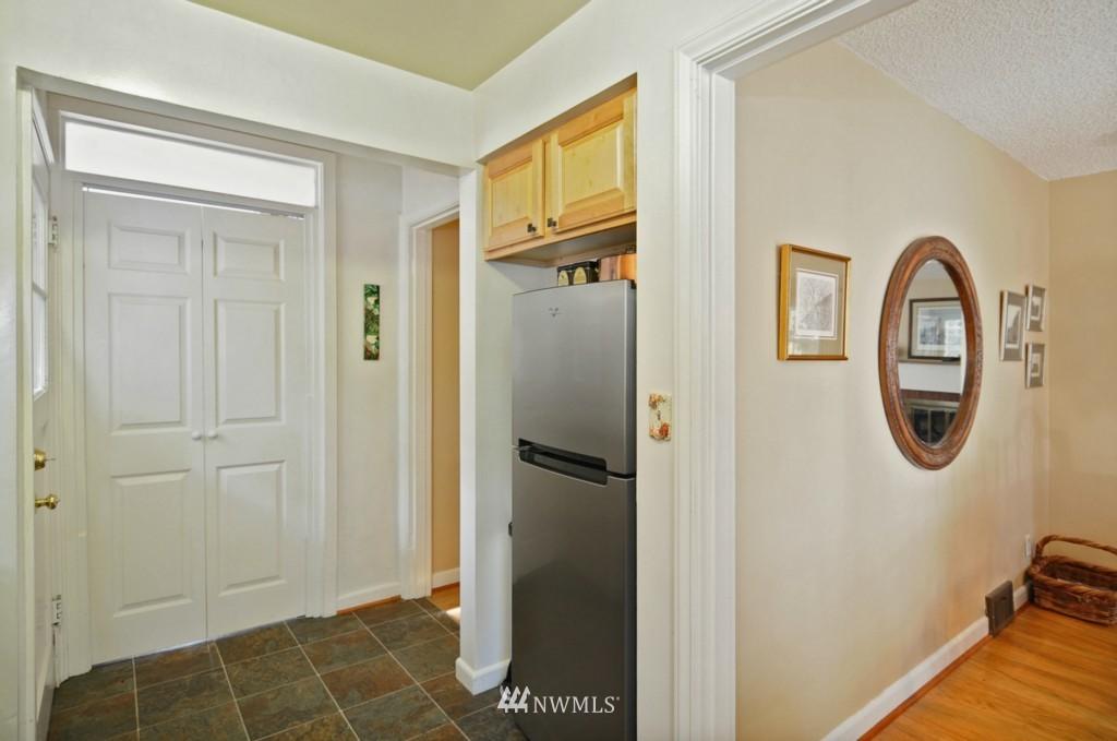 Sold Property | 3259 NE 98th  Street Seattle, WA 98115 10