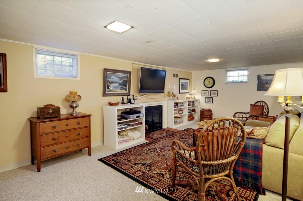 Sold Property | 3259 NE 98th  Street Seattle, WA 98115 13