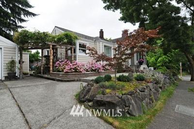 Sold Property | 3259 NE 98th  Street Seattle, WA 98115 23