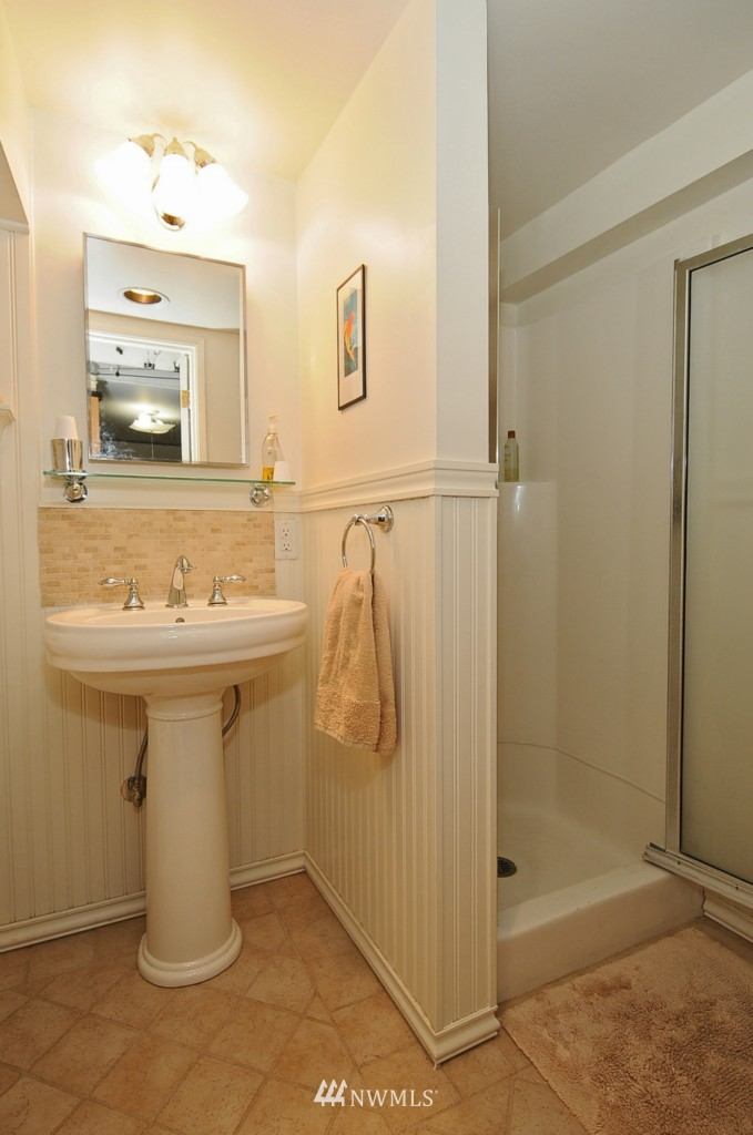 Sold Property | 3259 NE 98th  Street Seattle, WA 98115 19