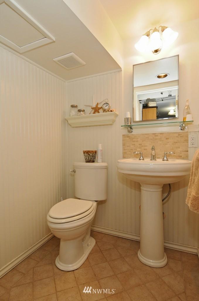 Sold Property | 3259 NE 98th  Street Seattle, WA 98115 20