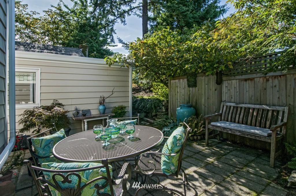 Sold Property | 3259 NE 98th  Street Seattle, WA 98115 21