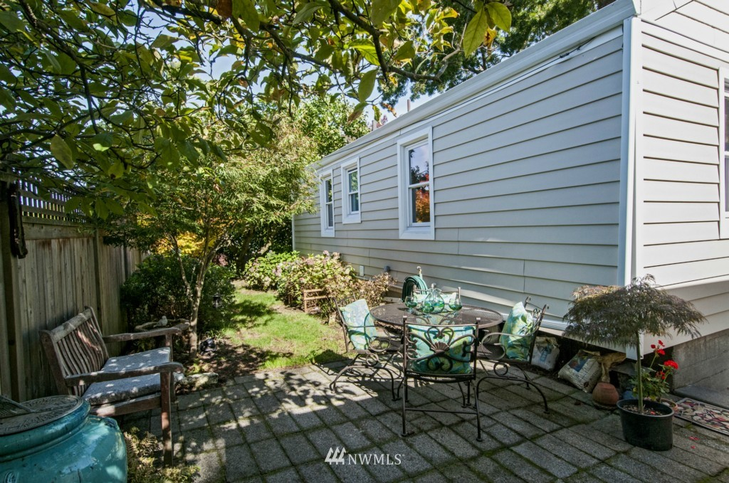 Sold Property | 3259 NE 98th  Street Seattle, WA 98115 22