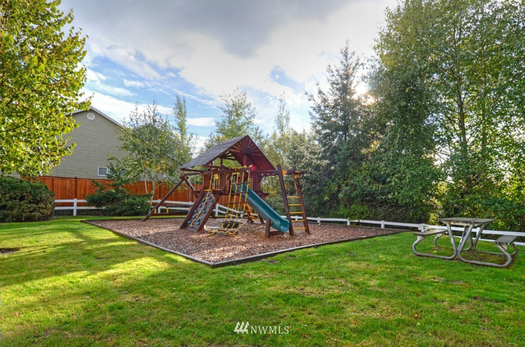 Sold Property | 4301 147th Place SE Bothell, WA 98012 24