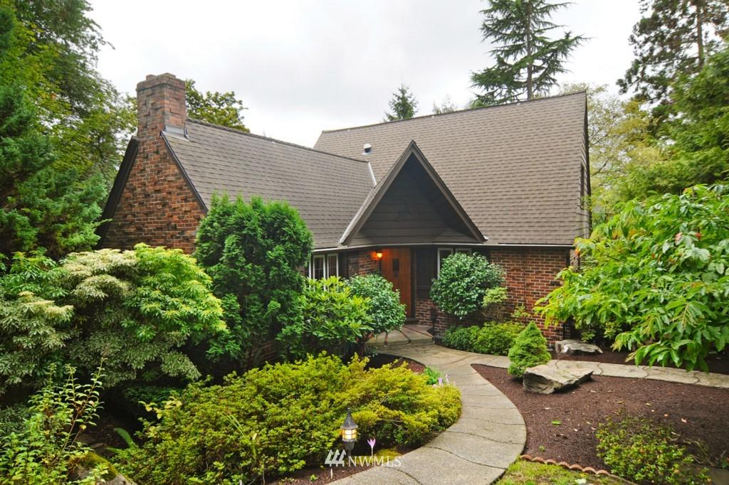 Sold Property | 8921 25th  Place NE Seattle, WA 98115 0