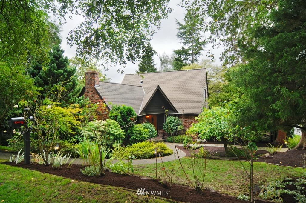 Sold Property | 8921 25th  Place NE Seattle, WA 98115 1