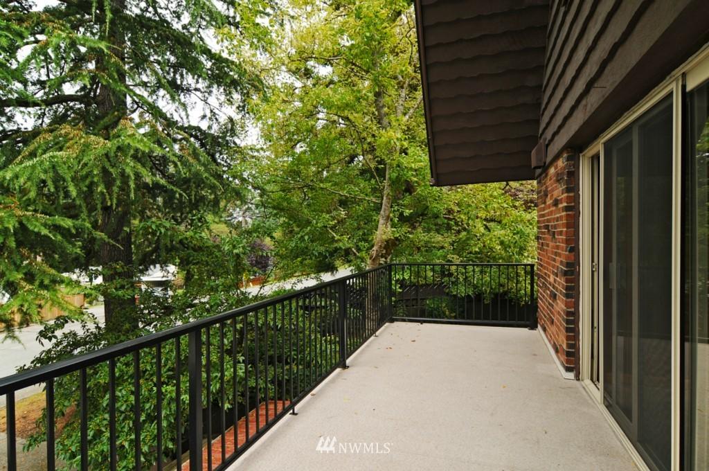 Sold Property | 8921 25th  Place NE Seattle, WA 98115 6