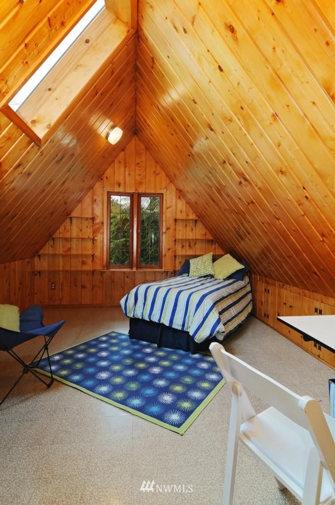 Sold Property | 8921 25th  Place NE Seattle, WA 98115 10