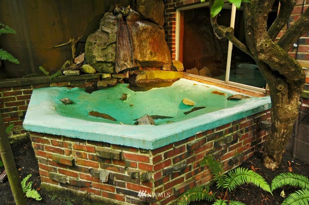 Sold Property | 8921 25th  Place NE Seattle, WA 98115 13