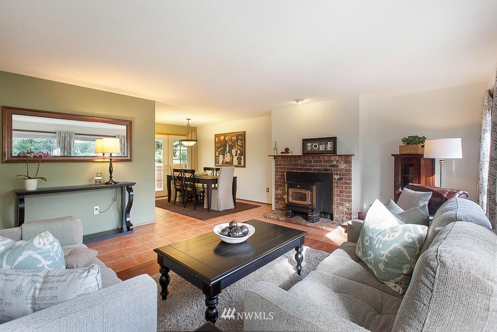 Sold Property | 14327 19th Avenue NE Seattle, WA 98125 1
