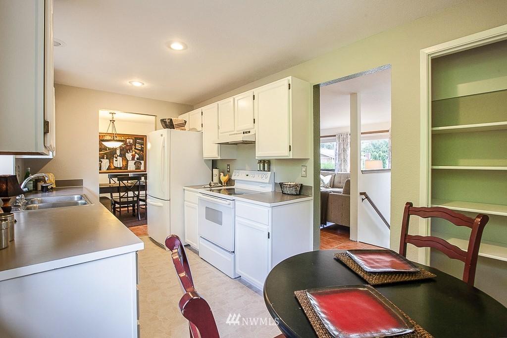 Sold Property | 14327 19th Avenue NE Seattle, WA 98125 4
