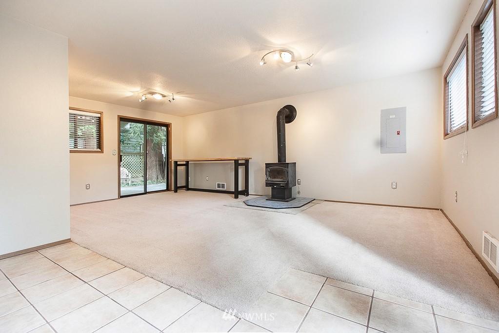Sold Property | 14327 19th Avenue NE Seattle, WA 98125 9