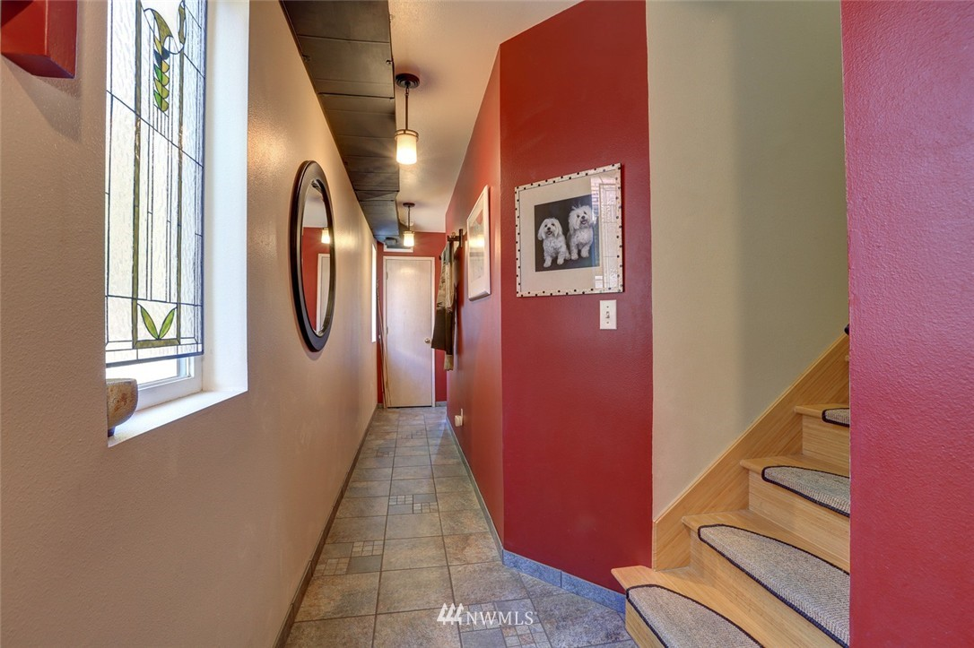 Sold Property | 414 NE 95th Street Seattle, WA 98115 2