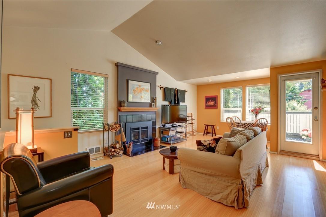 Sold Property | 414 NE 95th Street Seattle, WA 98115 7