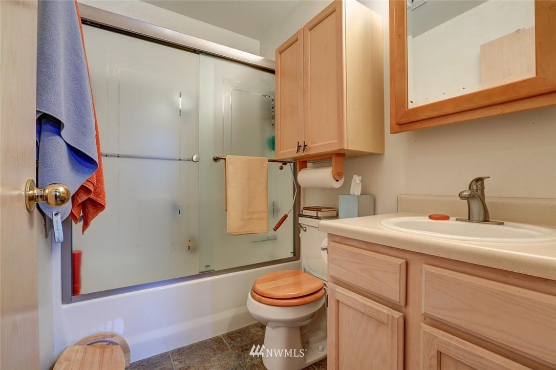 Sold Property | 414 NE 95th Street Seattle, WA 98115 20
