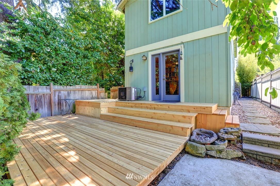 Sold Property | 414 NE 95th Street Seattle, WA 98115 22