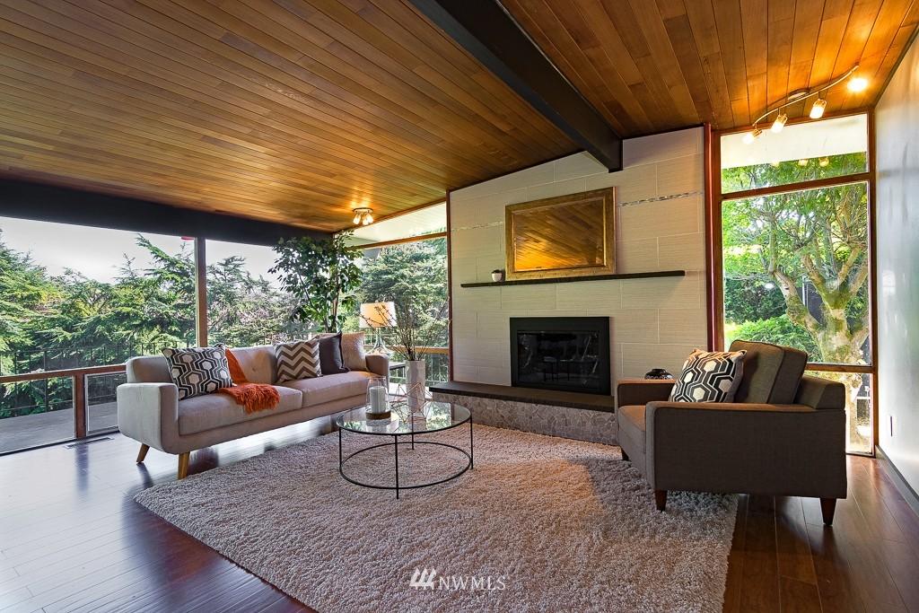 Sold Property   10033 31st Avenue NE Seattle, WA 98125 3