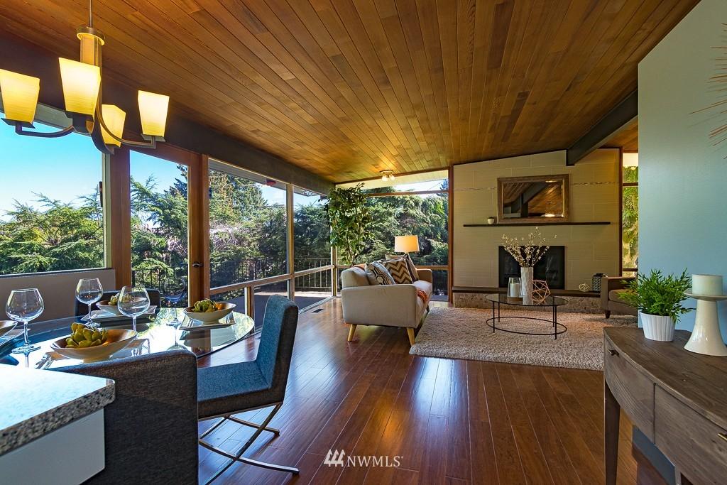 Sold Property   10033 31st Avenue NE Seattle, WA 98125 4