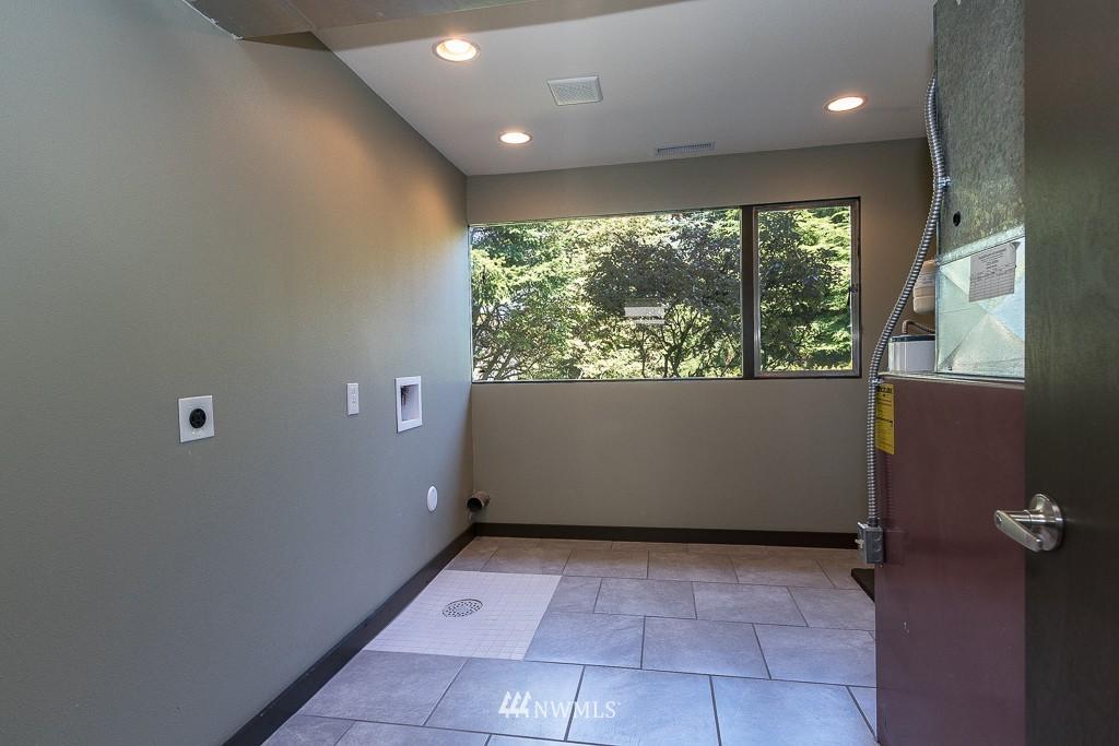 Sold Property   10033 31st Avenue NE Seattle, WA 98125 14