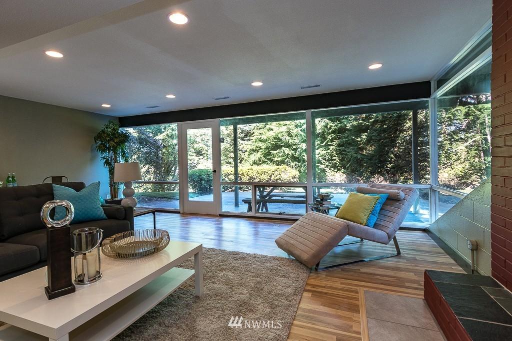 Sold Property   10033 31st Avenue NE Seattle, WA 98125 15