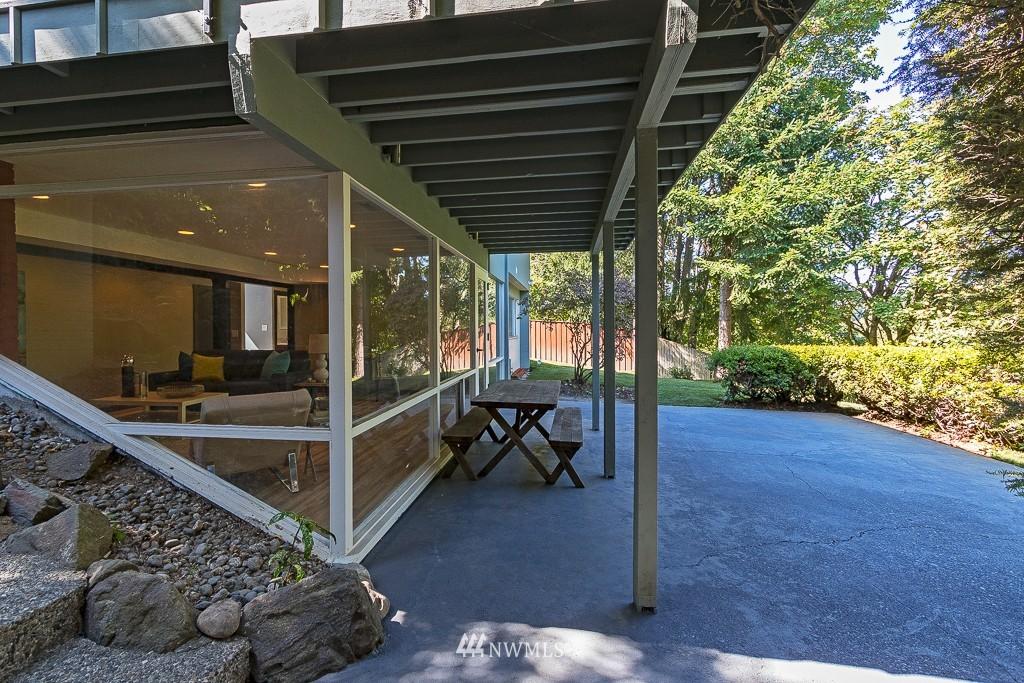 Sold Property   10033 31st Avenue NE Seattle, WA 98125 17