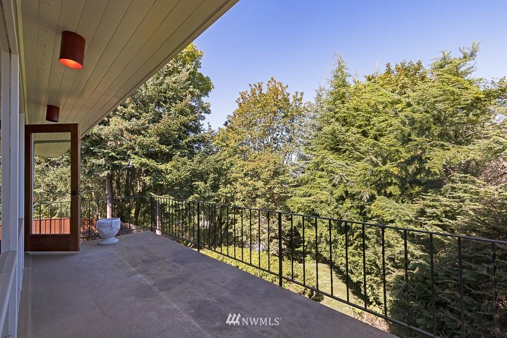 Sold Property   10033 31st Avenue NE Seattle, WA 98125 8