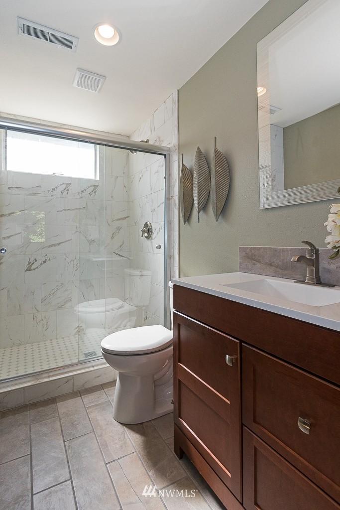 Sold Property   10033 31st Avenue NE Seattle, WA 98125 13
