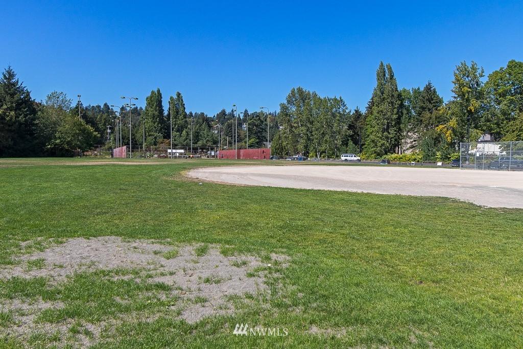 Sold Property   10033 31st Avenue NE Seattle, WA 98125 20