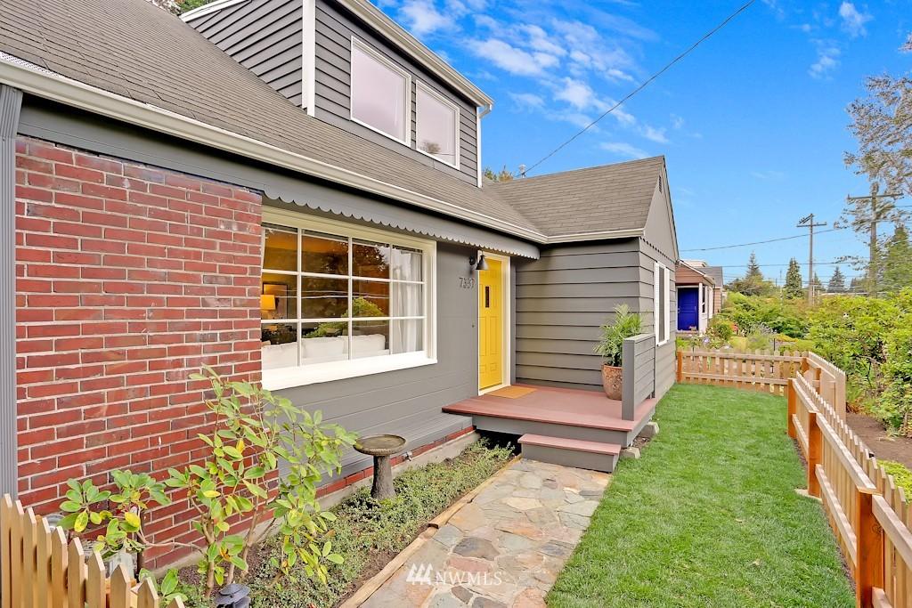 Sold Property | 7337 20th Ave NE Seattle, WA 98115 1