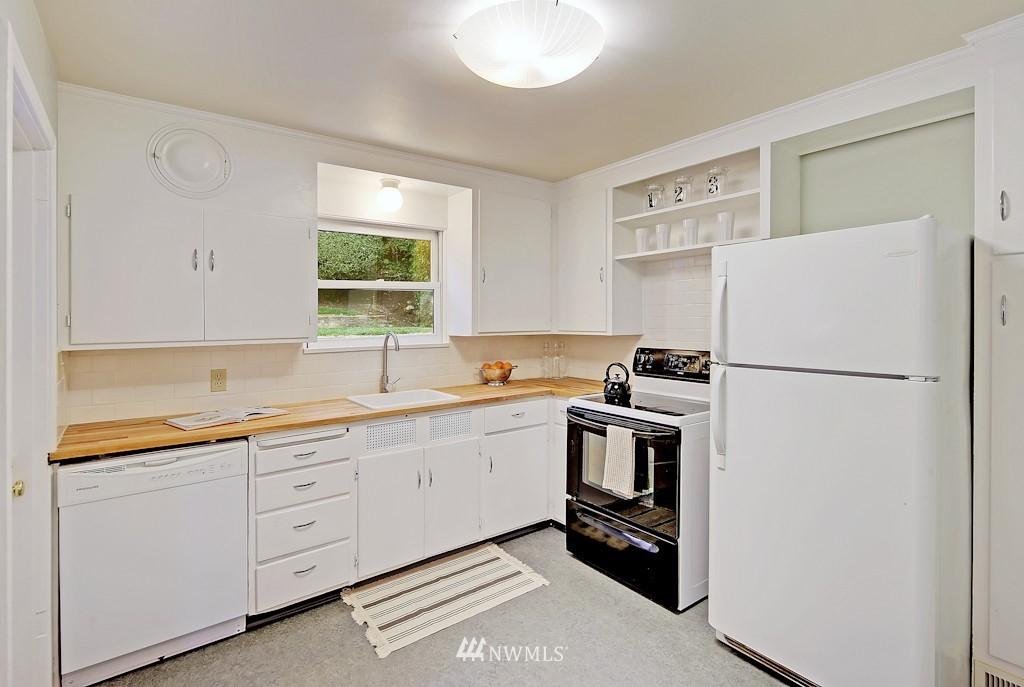Sold Property | 7337 20th Ave NE Seattle, WA 98115 5