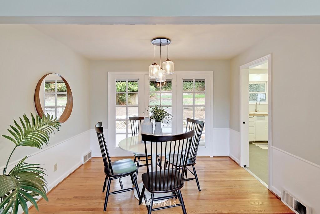 Sold Property | 7337 20th Ave NE Seattle, WA 98115 6
