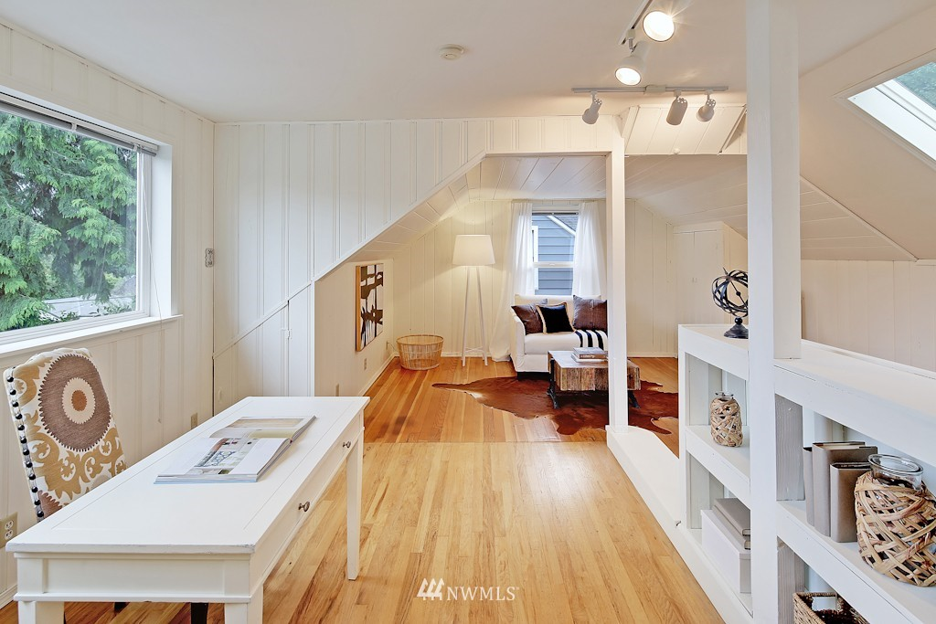 Sold Property | 7337 20th Ave NE Seattle, WA 98115 8