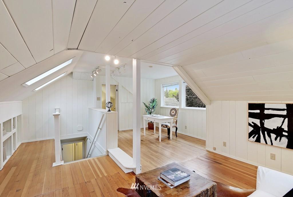 Sold Property | 7337 20th Ave NE Seattle, WA 98115 9