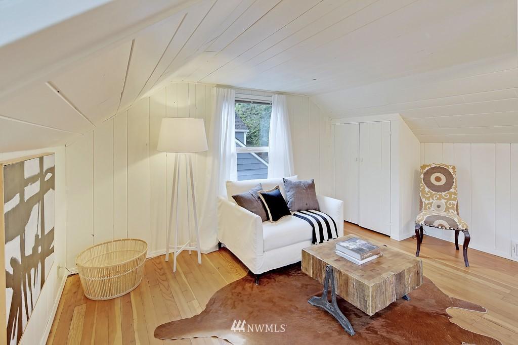 Sold Property | 7337 20th Ave NE Seattle, WA 98115 11