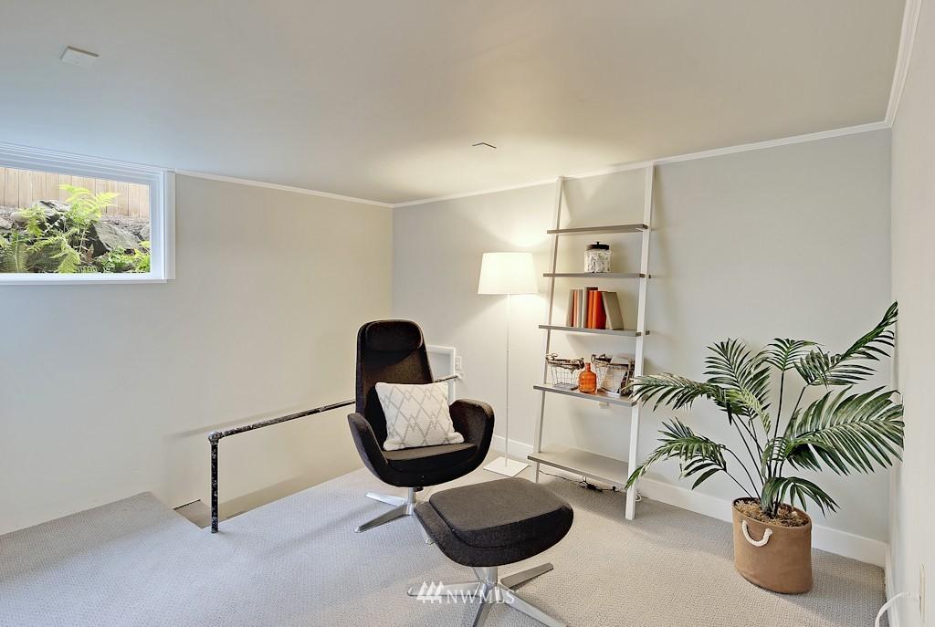 Sold Property | 7337 20th Ave NE Seattle, WA 98115 16
