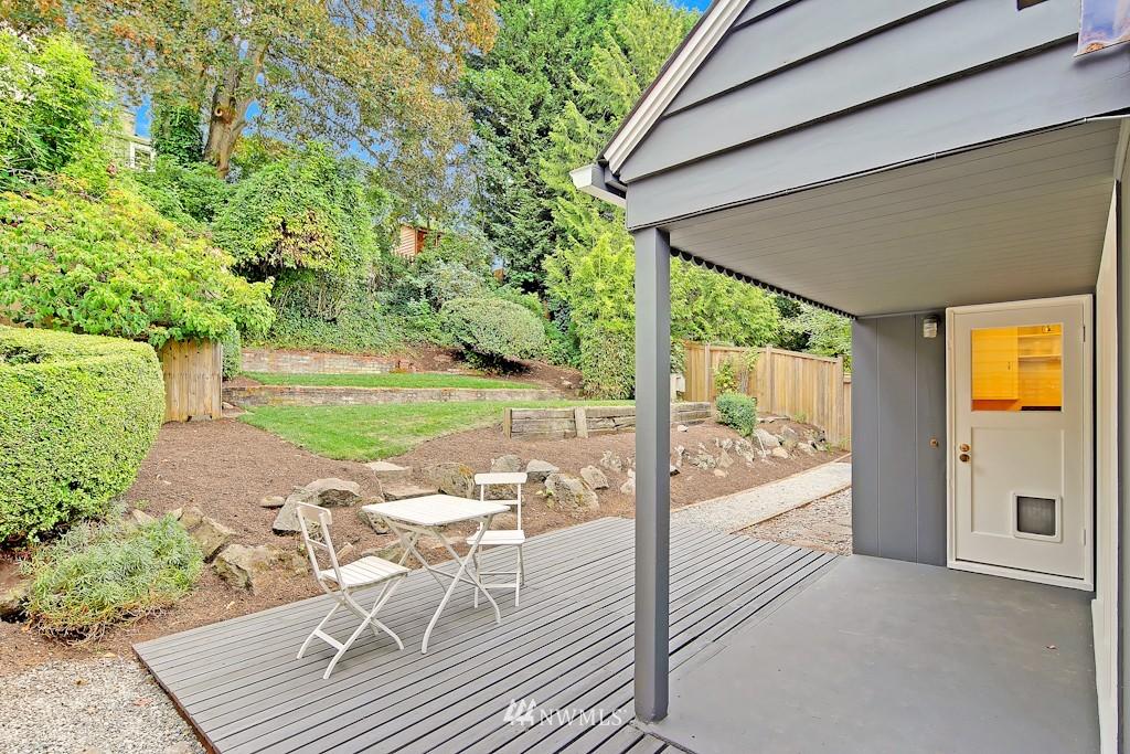Sold Property | 7337 20th Ave NE Seattle, WA 98115 19