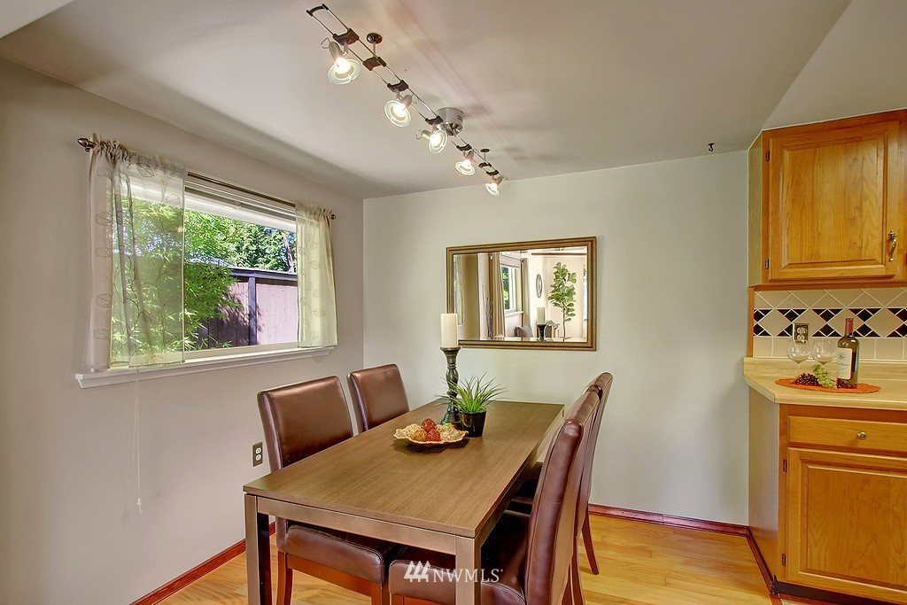Sold Property   1554 NE 172nd Street Shoreline, WA 98155 3