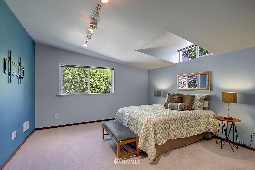 Sold Property   1554 NE 172nd Street Shoreline, WA 98155 7