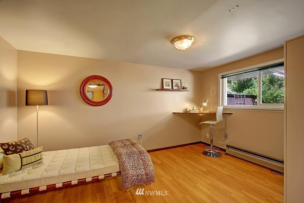 Sold Property   1554 NE 172nd Street Shoreline, WA 98155 11