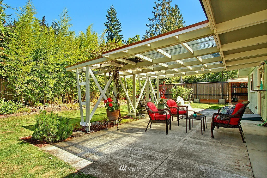 Sold Property   1554 NE 172nd Street Shoreline, WA 98155 14