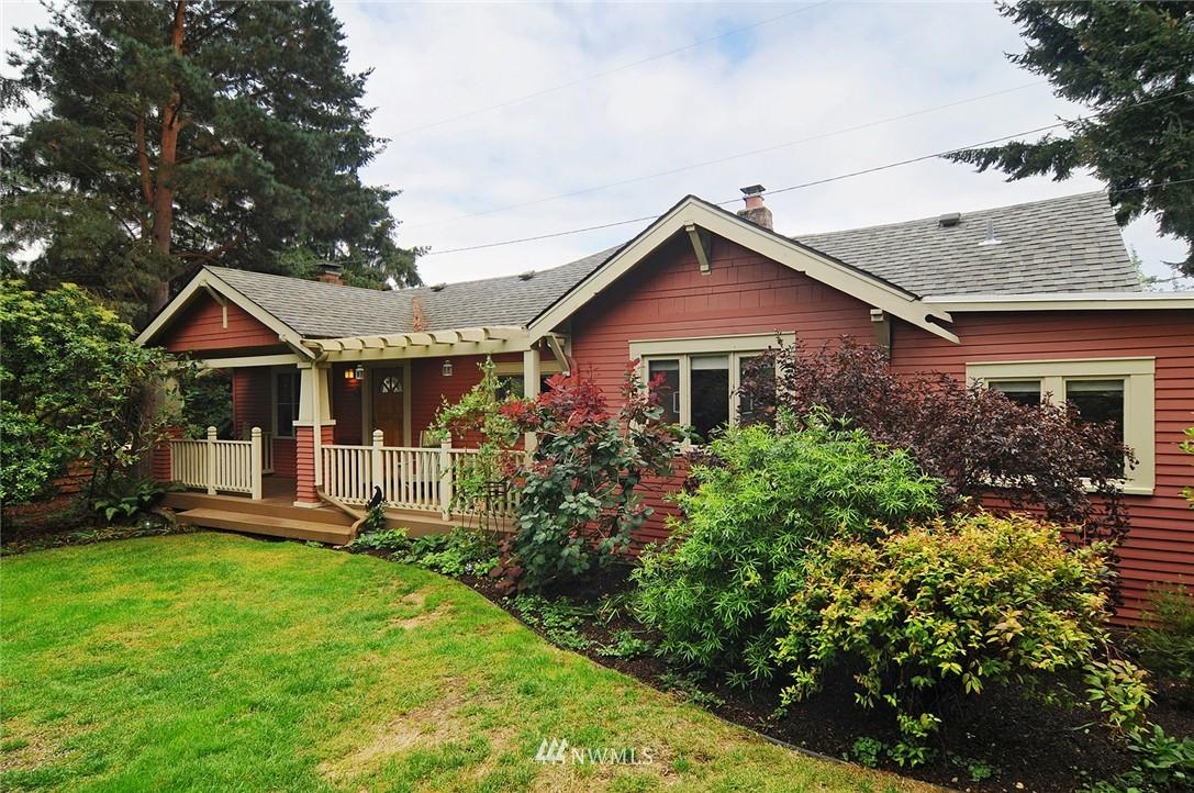 Sold Property | 116 N 110th Street Seattle, WA 98133 0