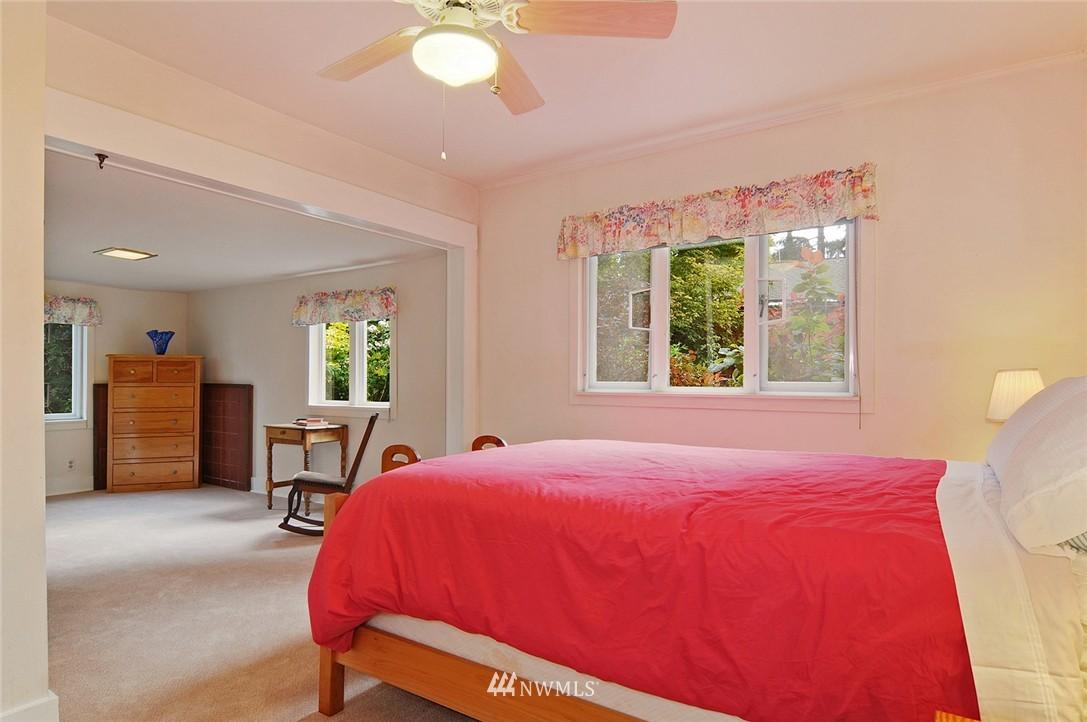 Sold Property | 116 N 110th Street Seattle, WA 98133 8