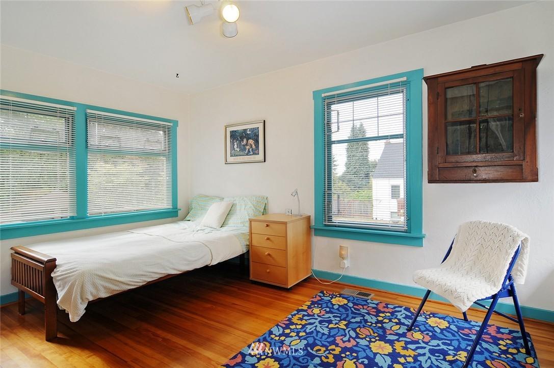 Sold Property | 116 N 110th Street Seattle, WA 98133 10