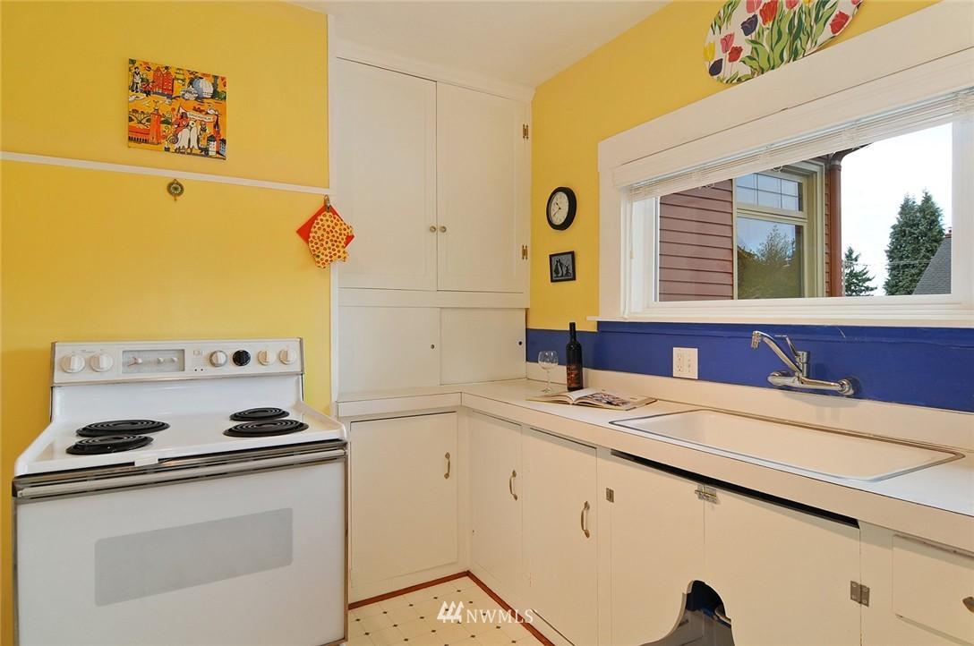 Sold Property | 116 N 110th Street Seattle, WA 98133 12