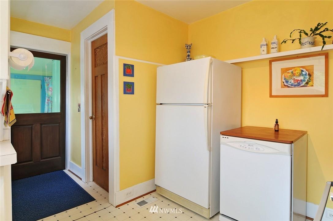 Sold Property | 116 N 110th Street Seattle, WA 98133 13
