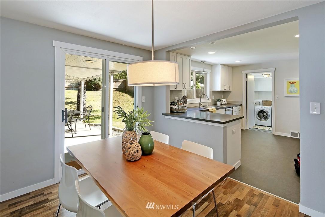 Sold Property | 9110 1st Avenue NE Seattle, WA 98115 6